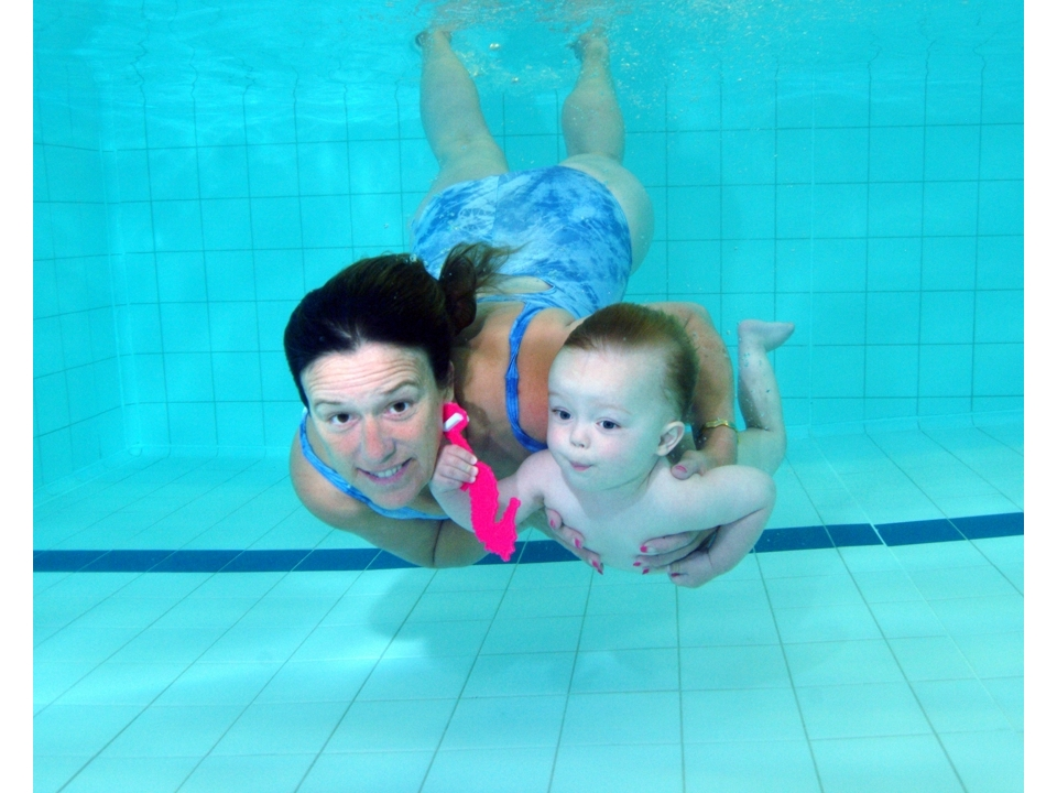 Under water aqualight babies for Weston favell academy swimming pool